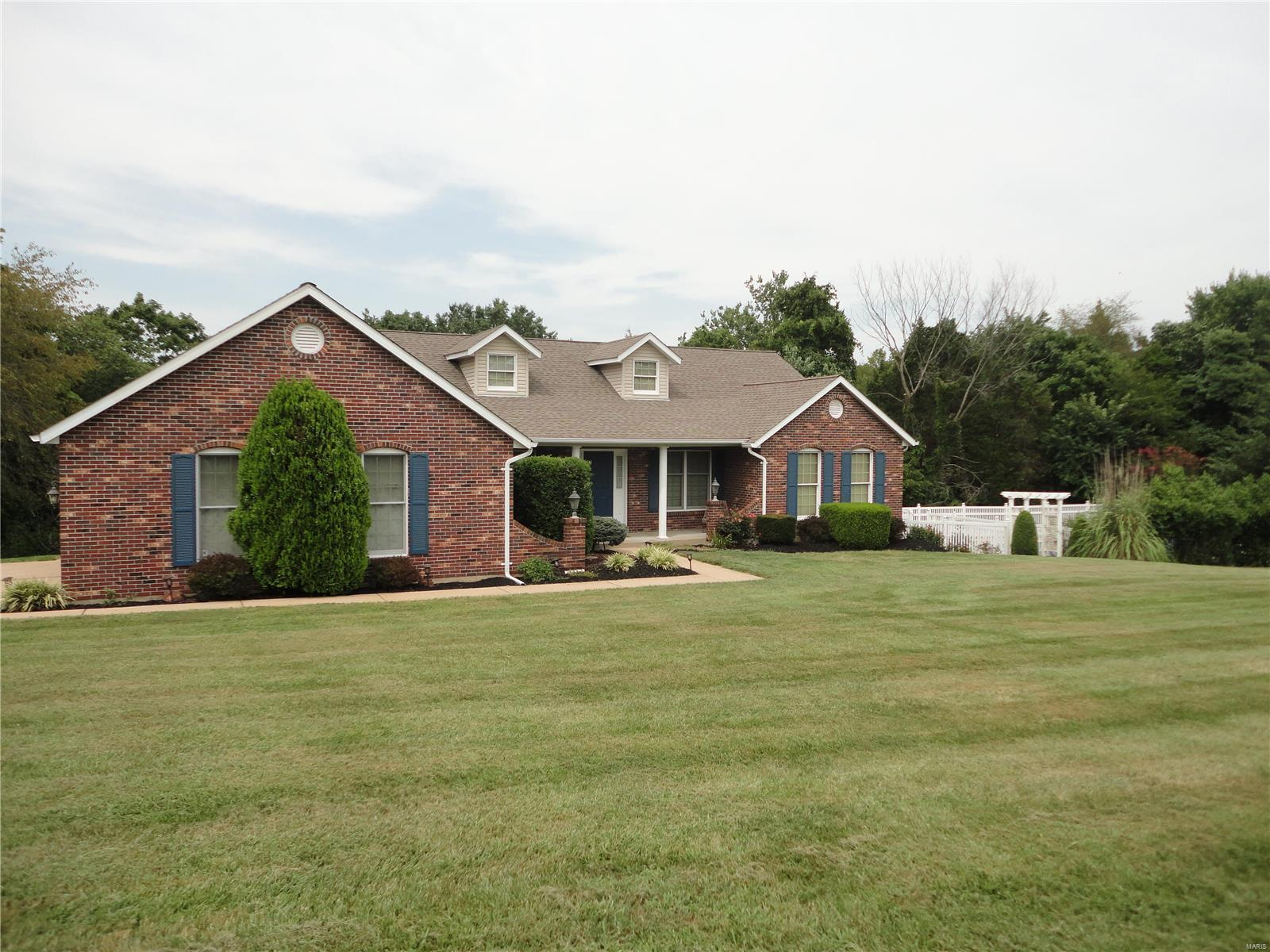 2489 Stonegate Drive Property Photo 1