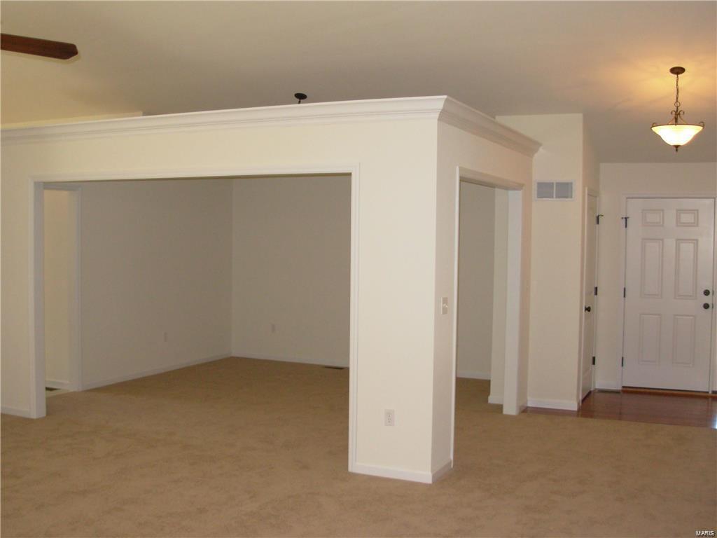10545 Victoria Falls Drive (lot 29) Property Photo 7
