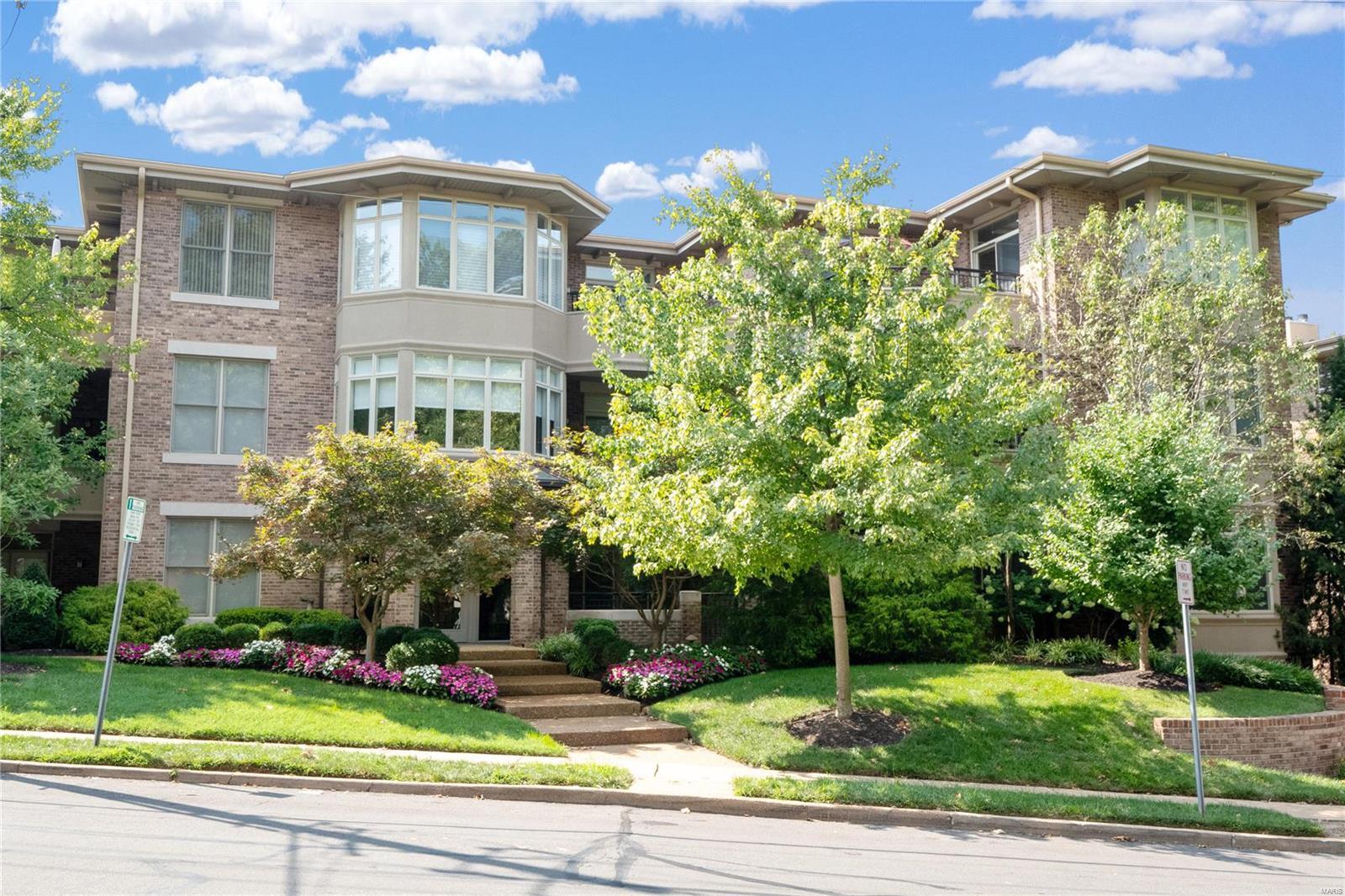315 N Meramec A Condo Real Estate Listings Main Image