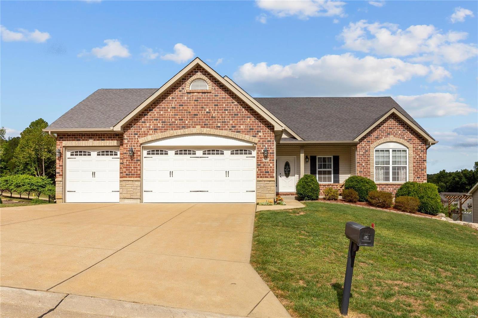 205 Sutherland Falls Ct Property Photo 1