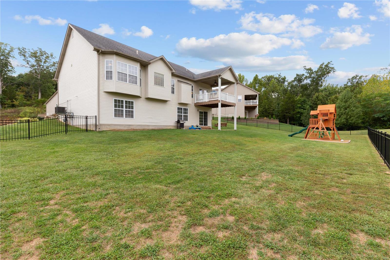 205 Sutherland Falls Ct Property Photo 7