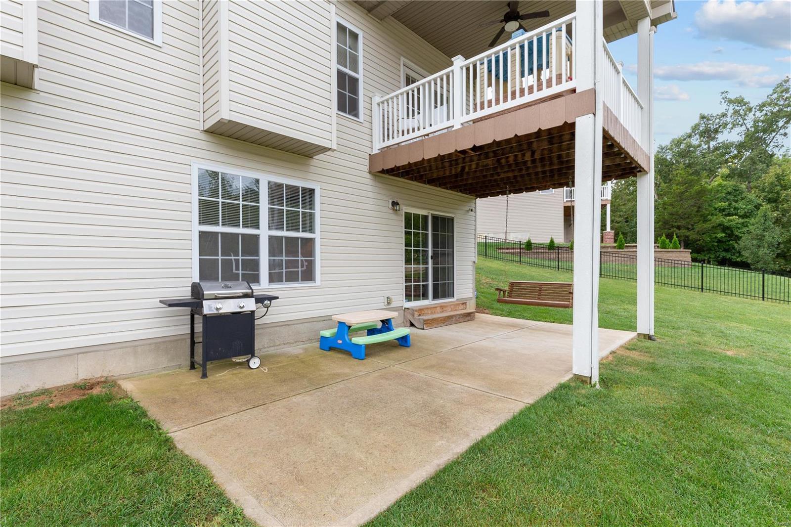 205 Sutherland Falls Ct Property Photo 9