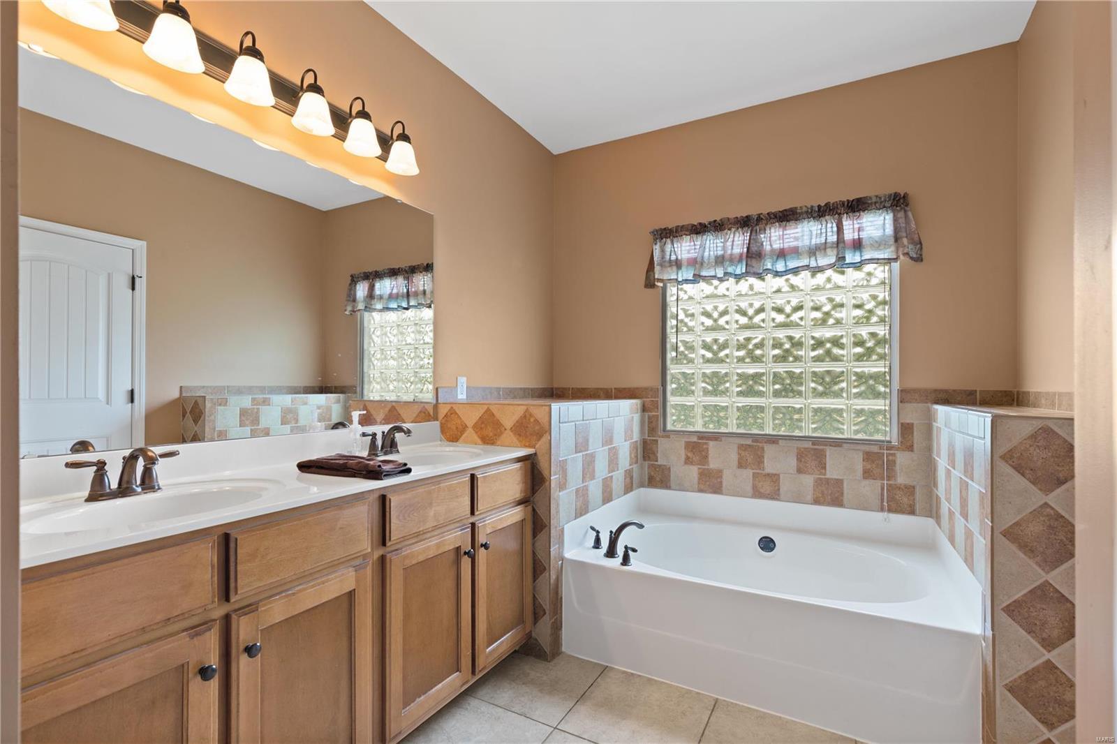 205 Sutherland Falls Ct Property Photo 19