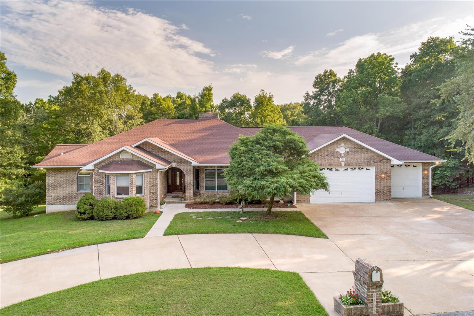 7608 Oak Ridge Drive Property Photo