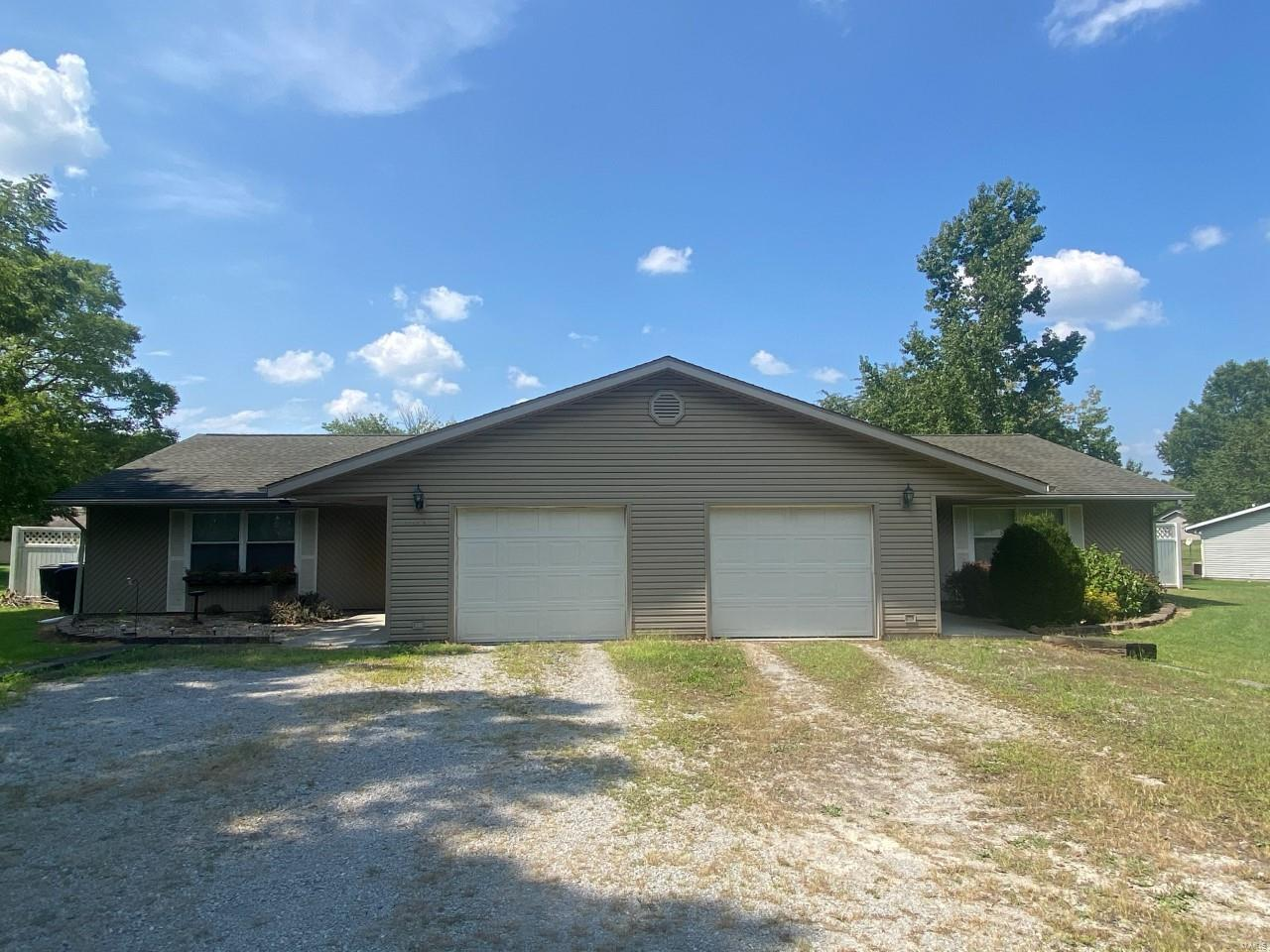 5443 Country Club Road Property Photo 1
