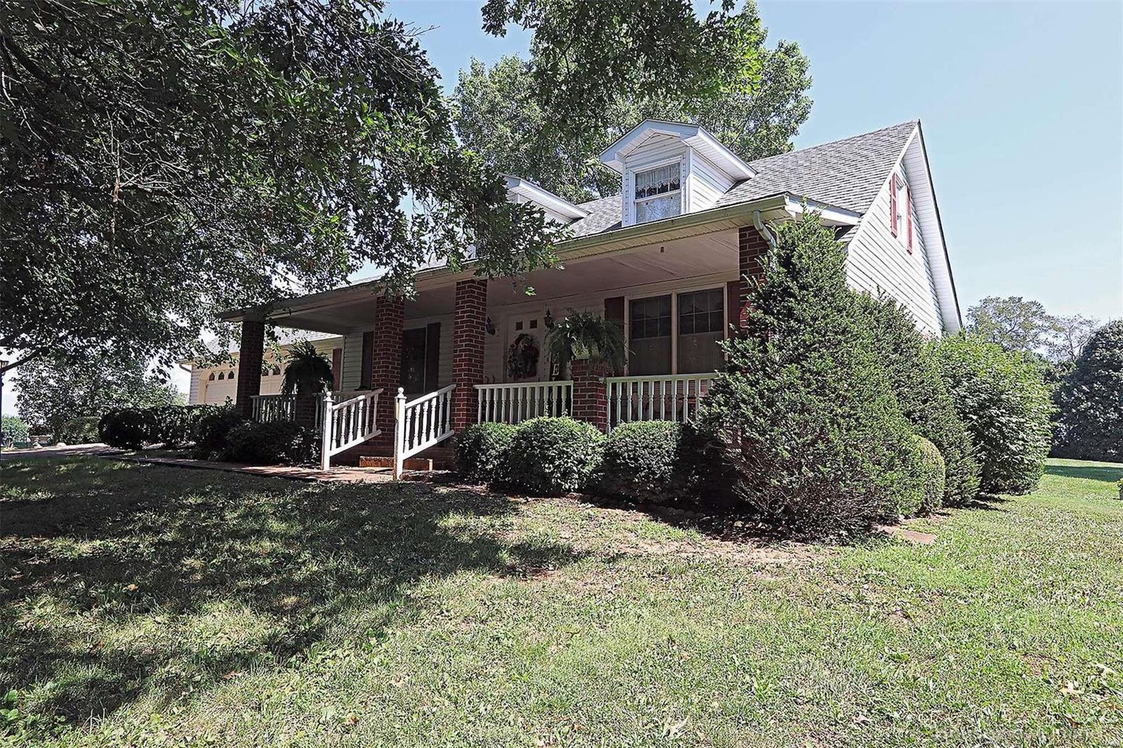 1056 Madison 226 Property Photo 1