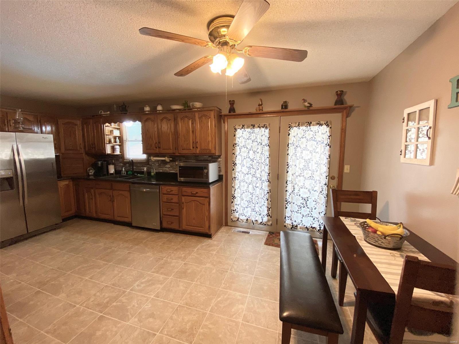 301 Susan Avenue Property Photo 15