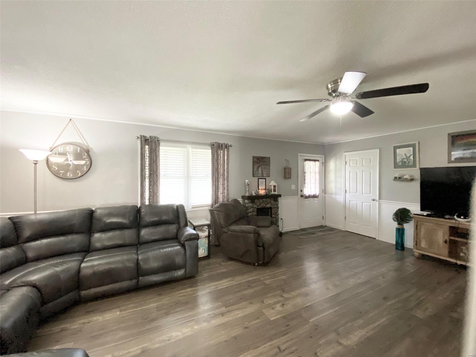 301 Susan Avenue Property Photo 19