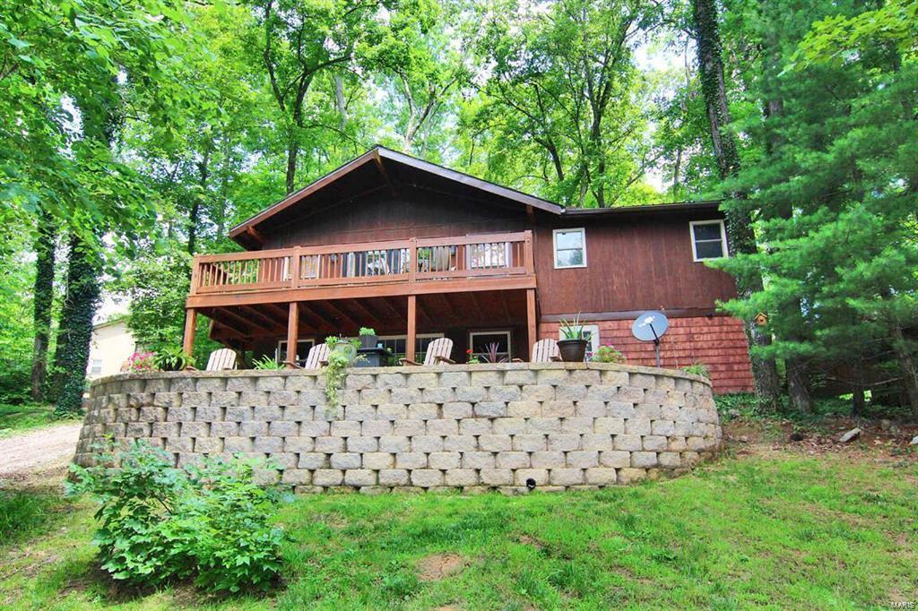 189 Lake Cedar Road Property Photo 1