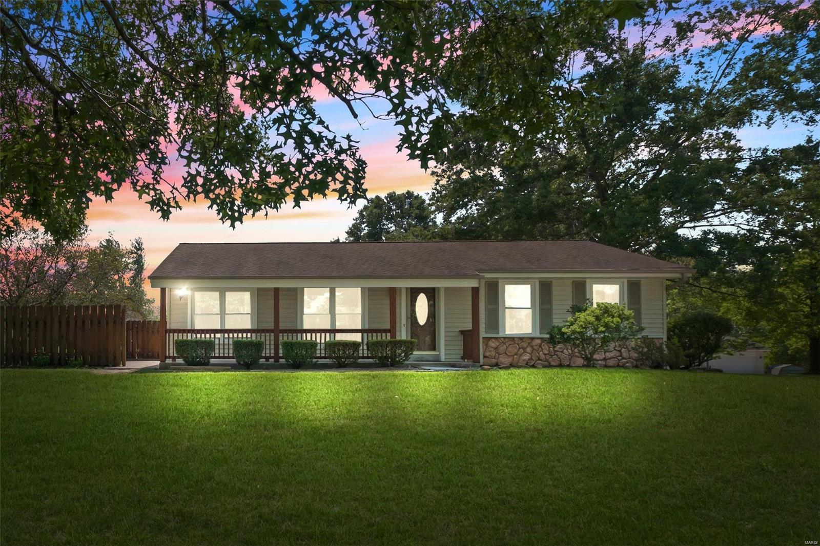 1 Meadow Ridge Drive Property Photo
