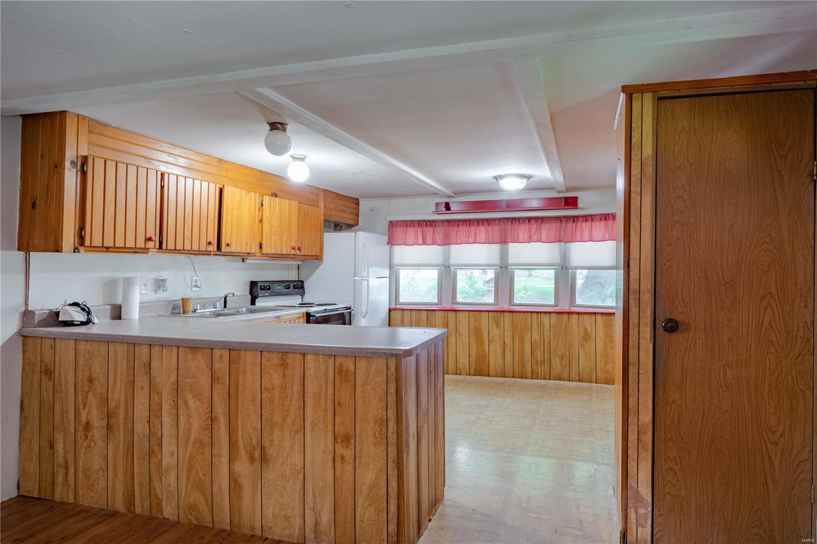 413 Barr Street Property Photo 5