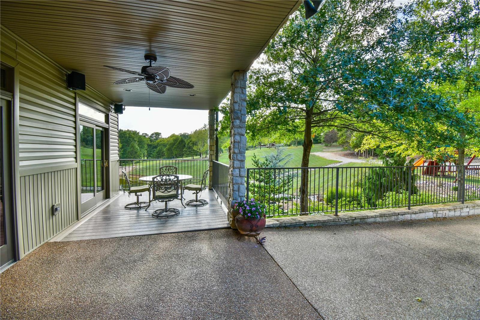 19 Lakeside Property Photo 20