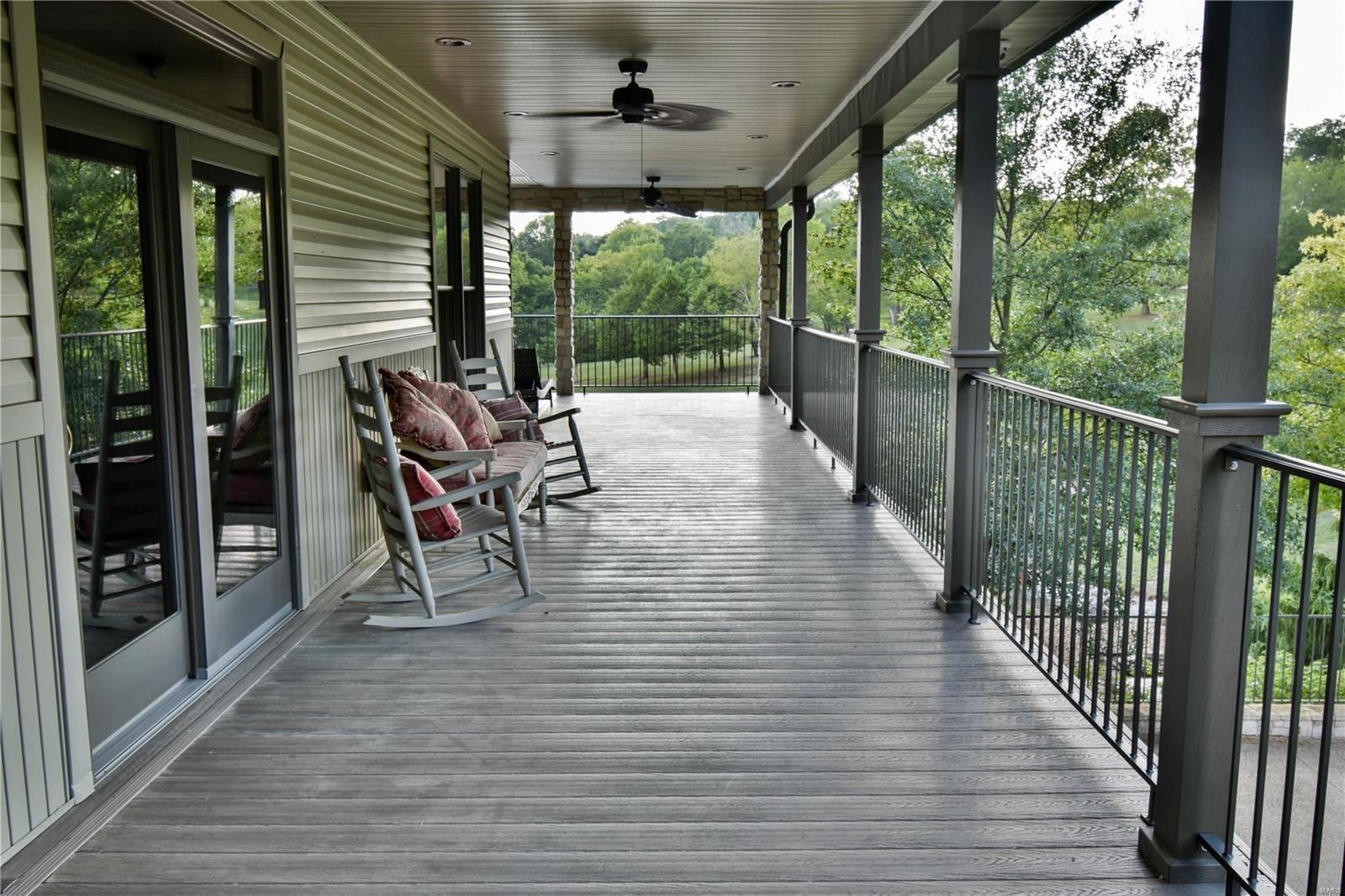 19 Lakeside Property Photo 22