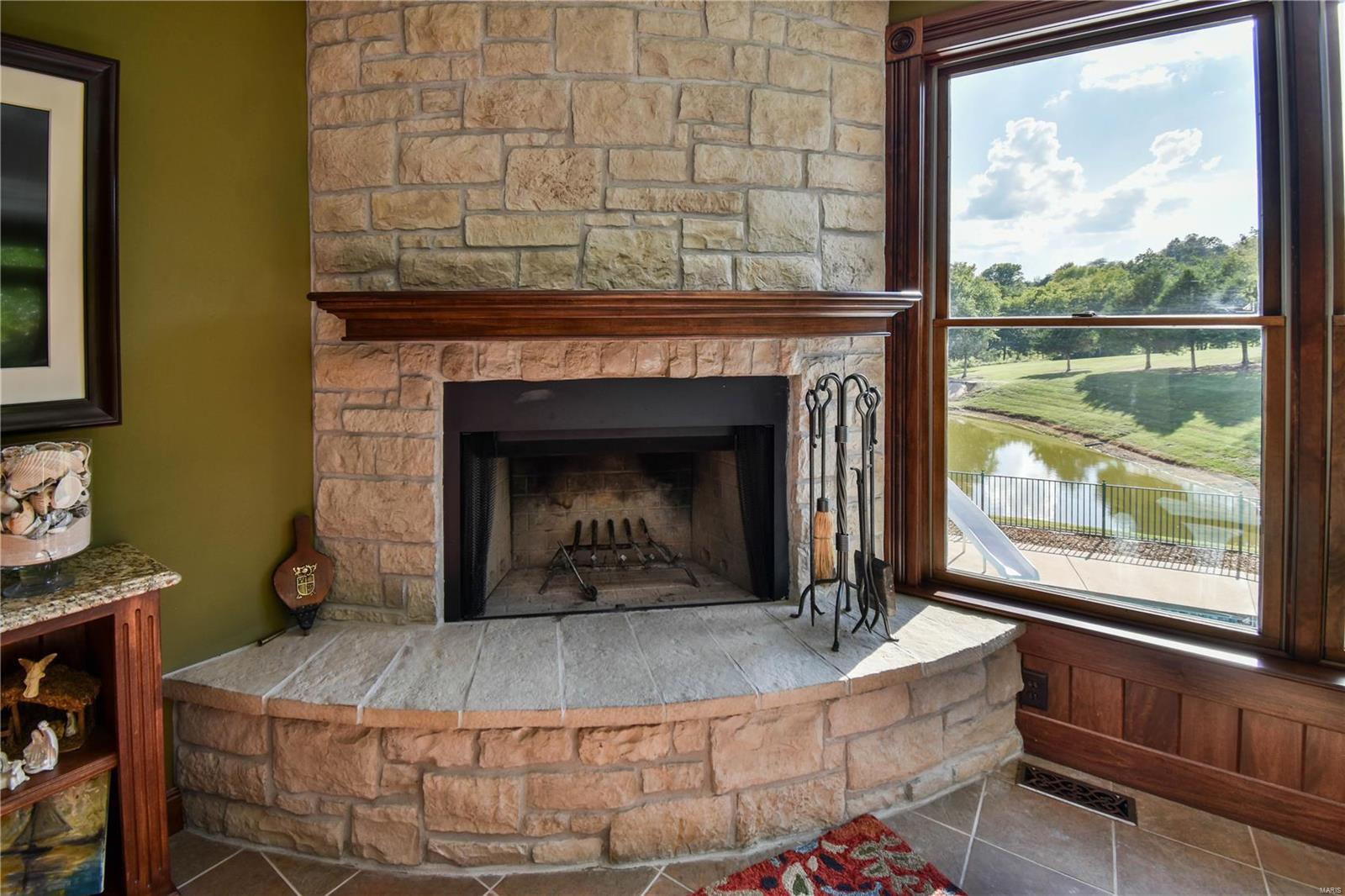 19 Lakeside Property Photo 34