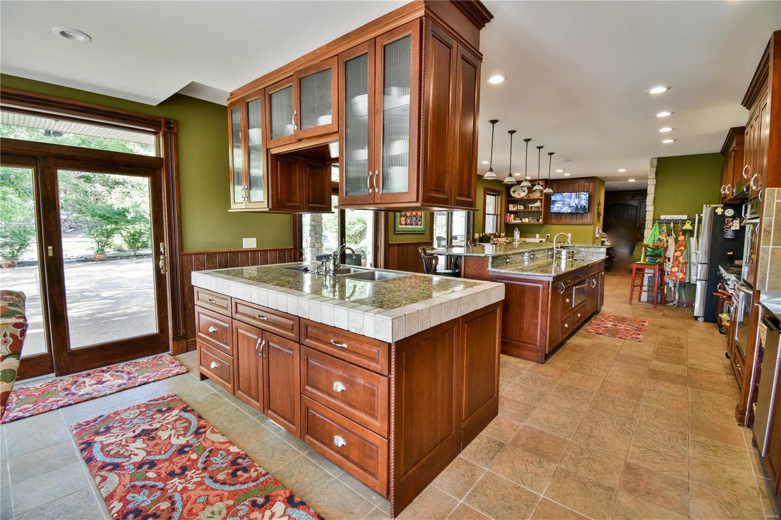 19 Lakeside Property Photo 40