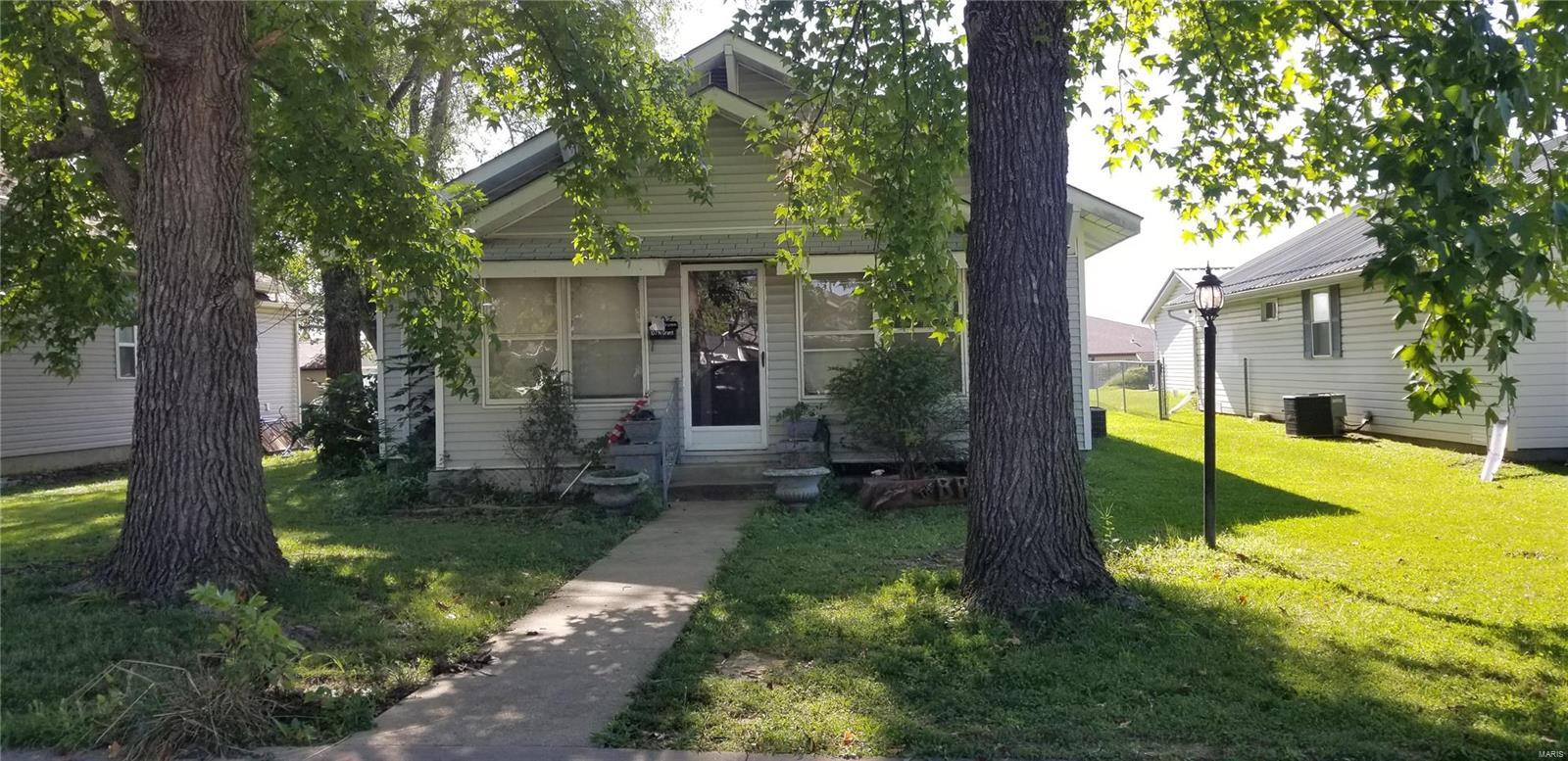 107 N Grant Property Photo
