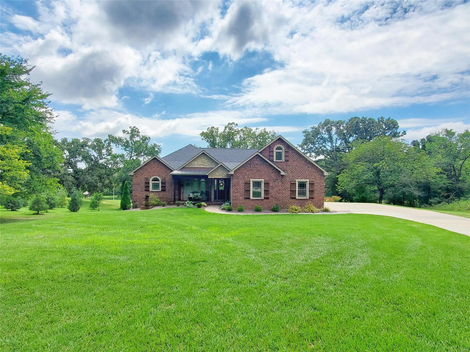 207 Barnes Meadow Property Photo 1