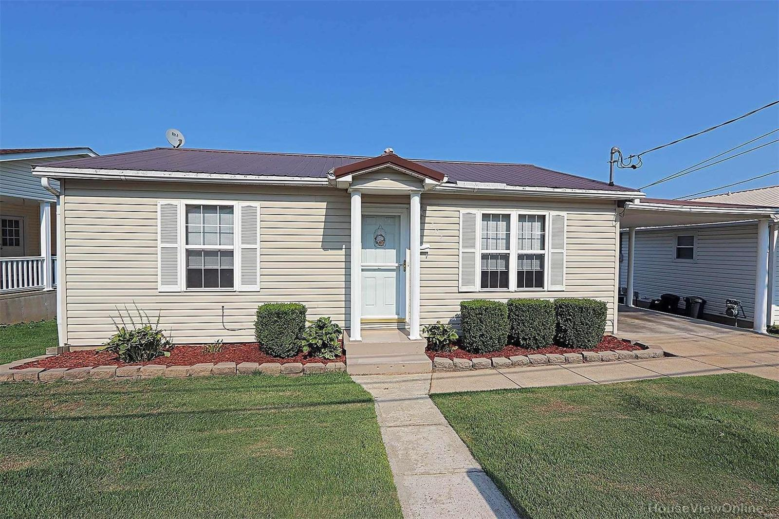 204 Monroe Property Photo
