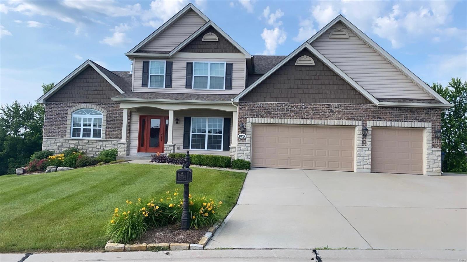 825 Snowberry Ridge Drive Property Photo 1