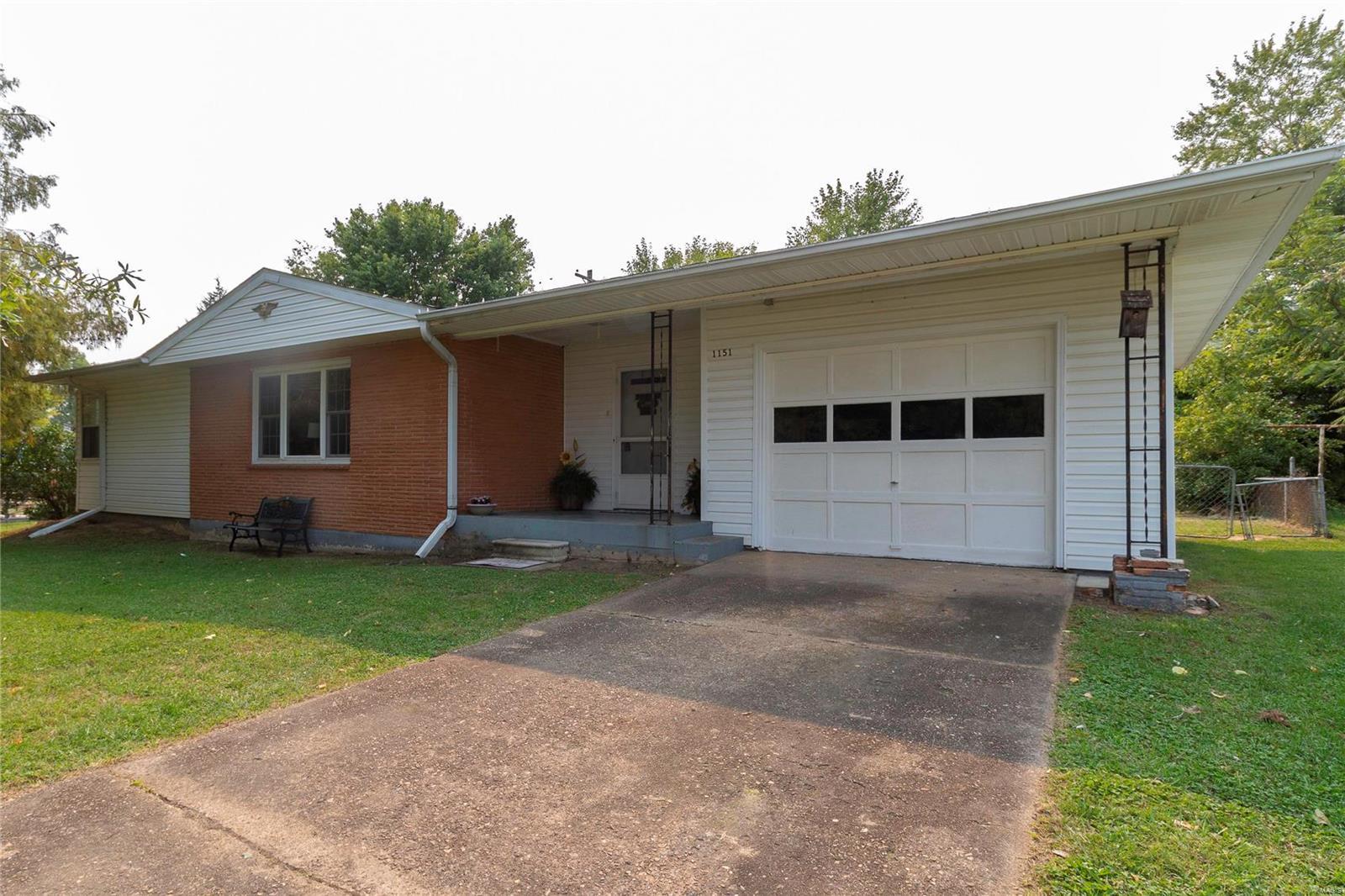 1151 Spruce Street Property Photo