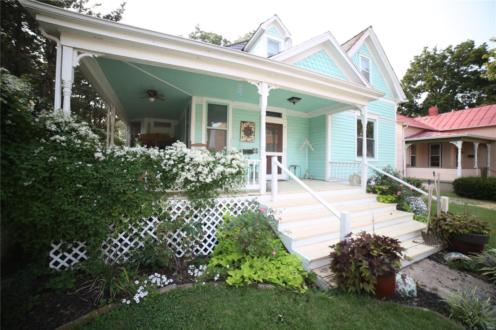 25 N 4th Property Photo 1