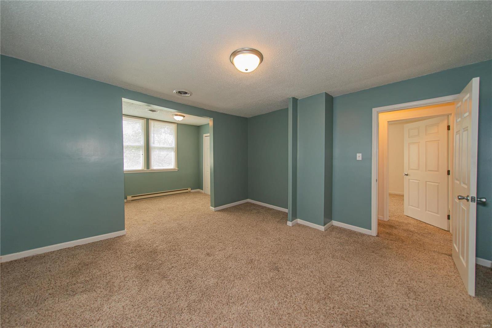 2123 Clarke Street Property Photo 22