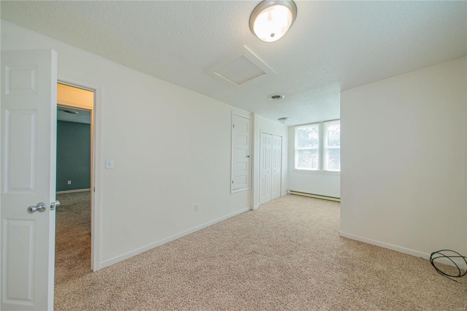 2123 Clarke Street Property Photo 24