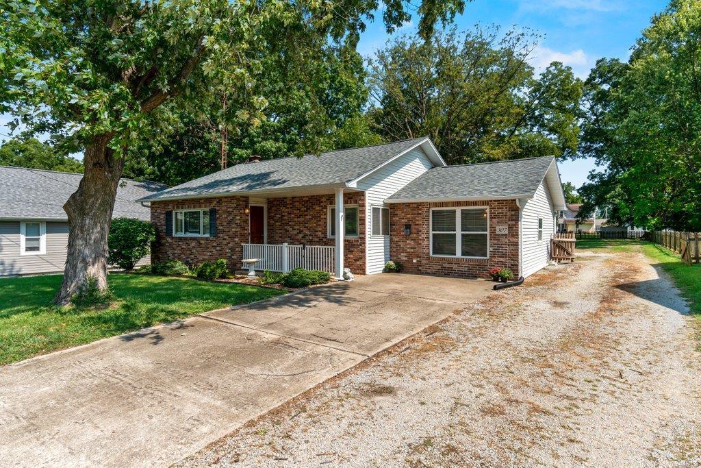 307 S Main Property Photo 1