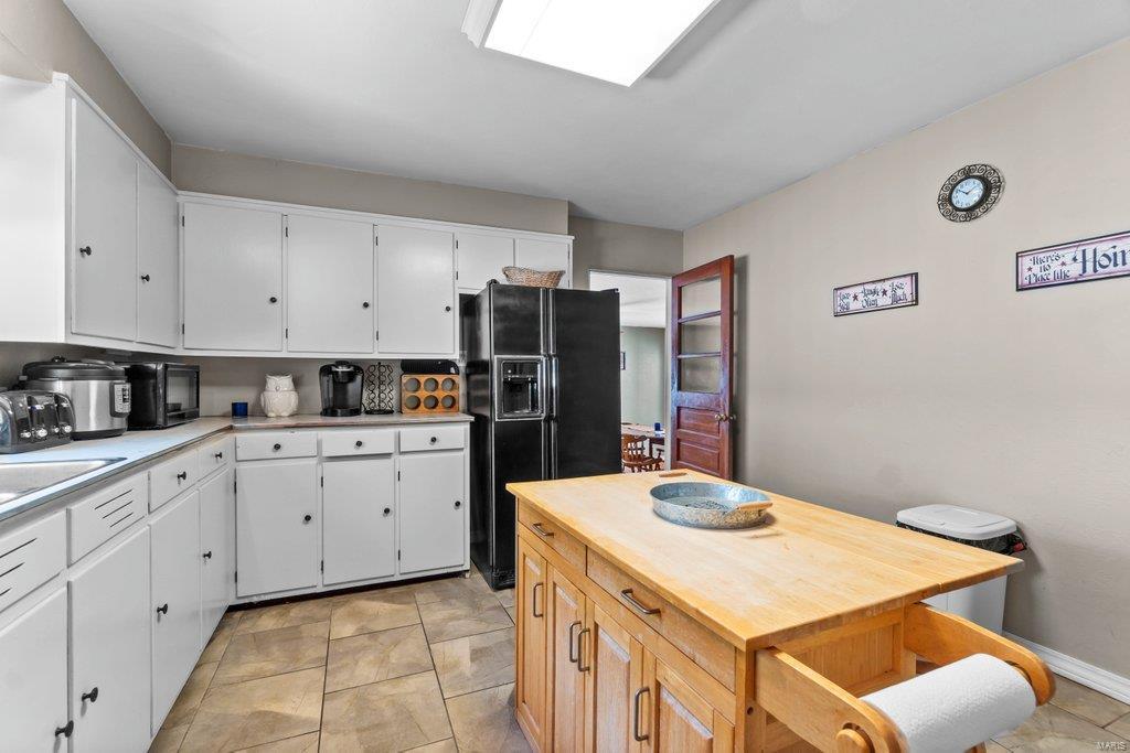 307 S Main Property Photo 10