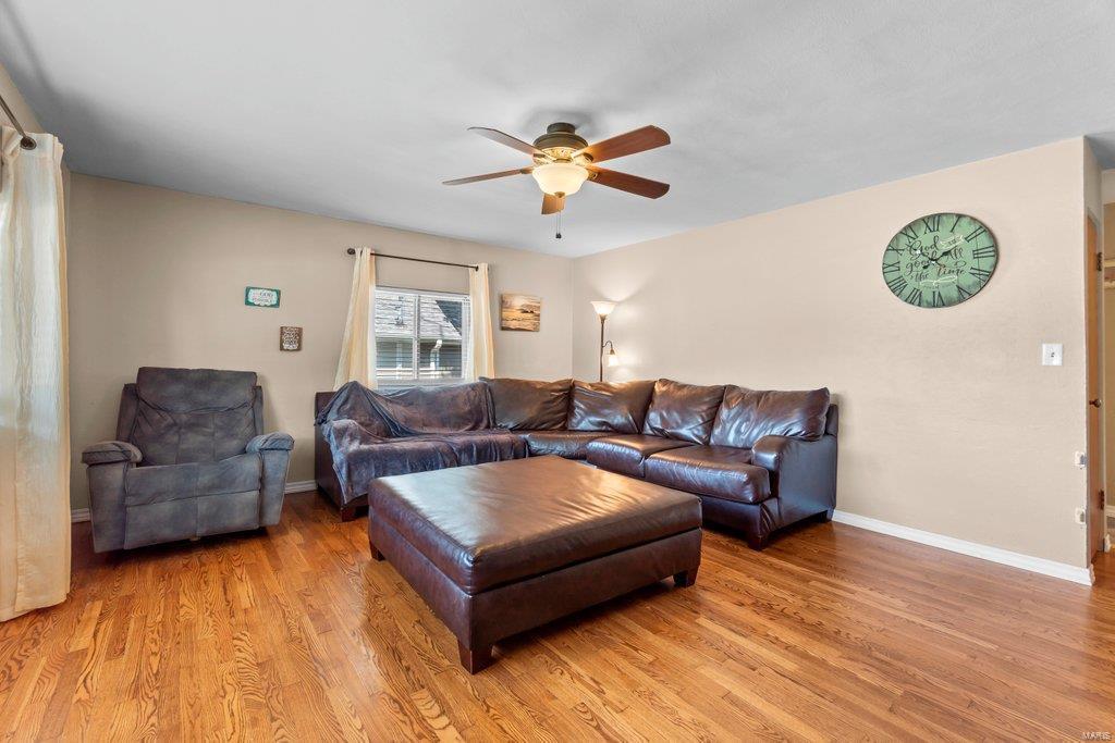 307 S Main Property Photo 12