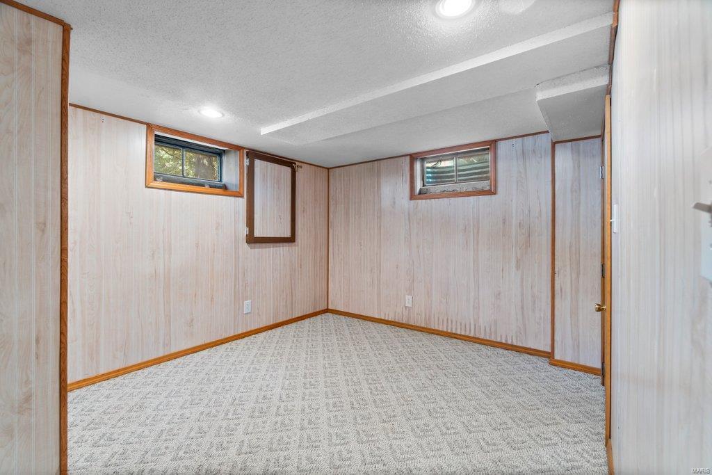 307 S Main Property Photo 22