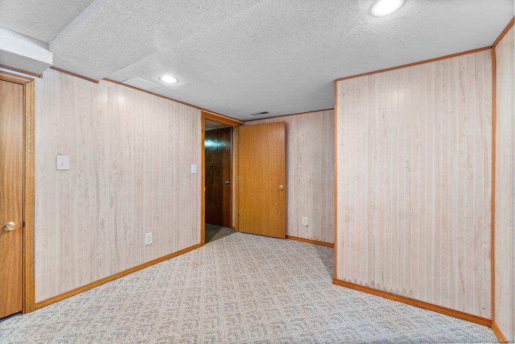 307 S Main Property Photo 23