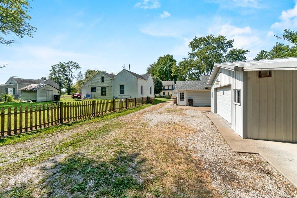 307 S Main Property Photo 28