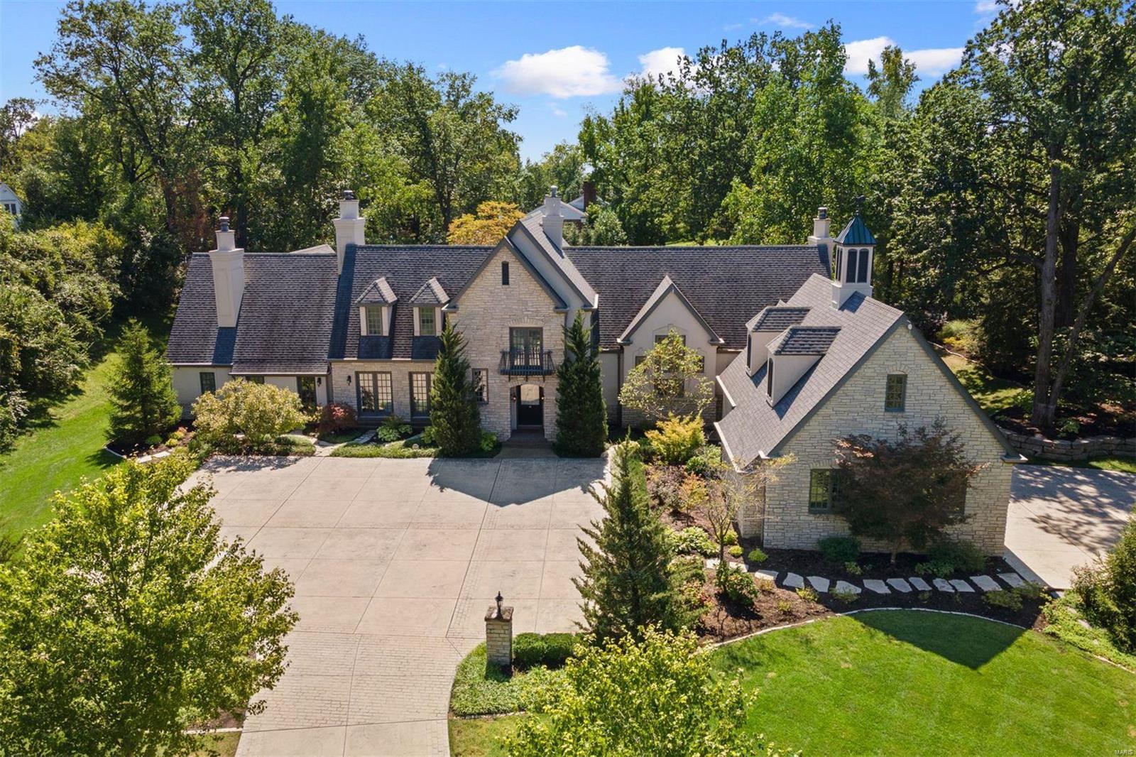 16 Ladue Lane Property Photo 1