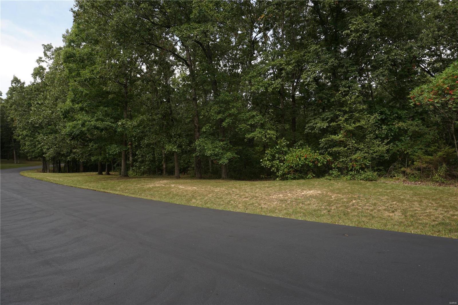 Autumn Wood Real Estate Listings Main Image