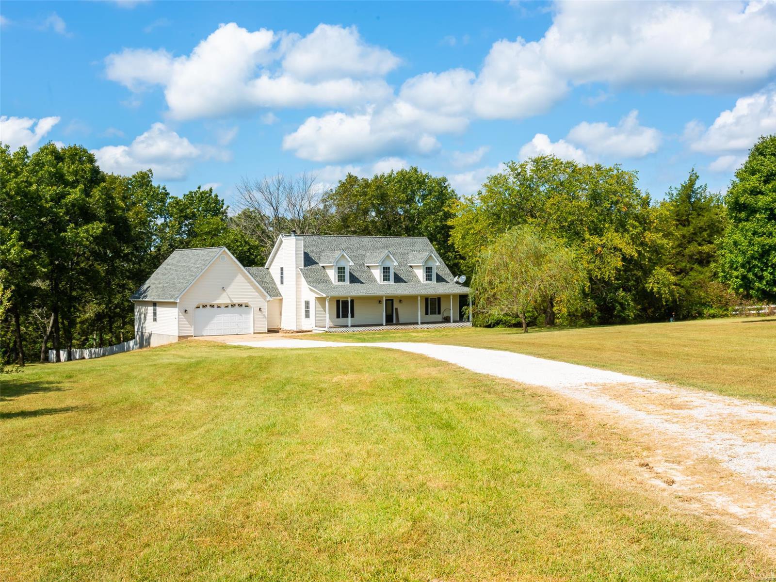 14311 Miranda Drive Property Photo 4