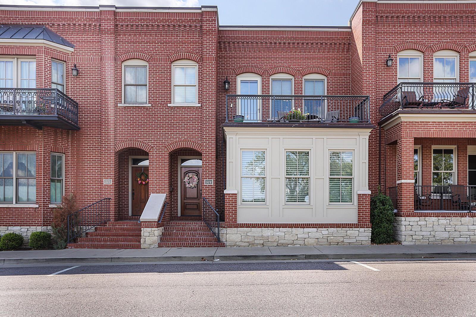 524 W Front Street Property Photo 1