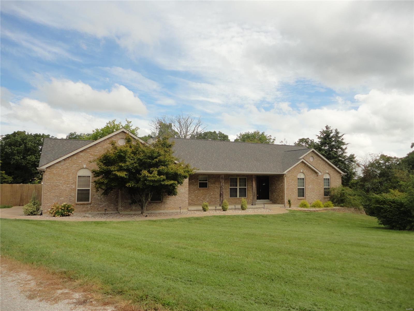 2751 Lee Pyle Road Property Photo 1
