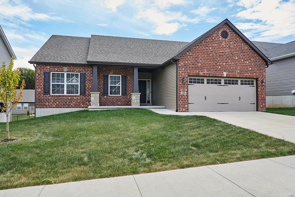 120 Pin Oak Meadows Property Photo 1