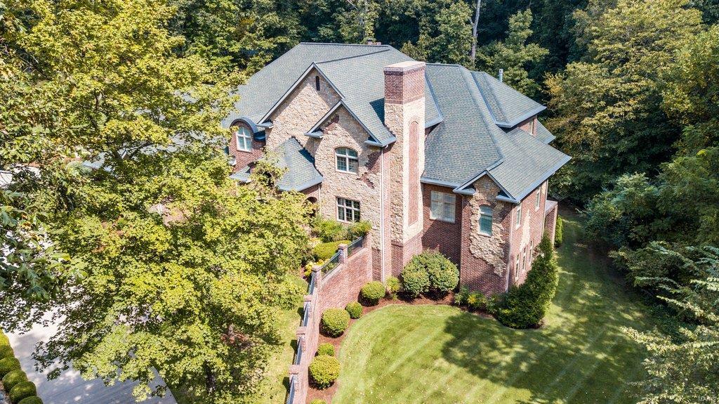 139 Flagstone Property Photo 2