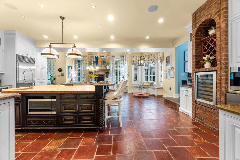 139 Flagstone Property Photo 15