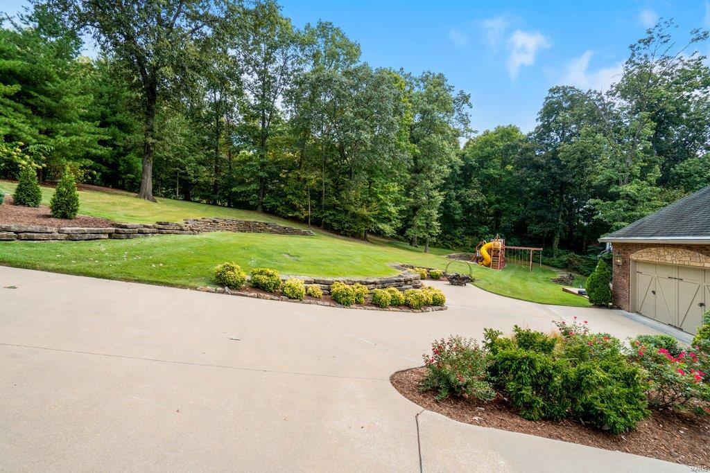139 Flagstone Property Photo 61
