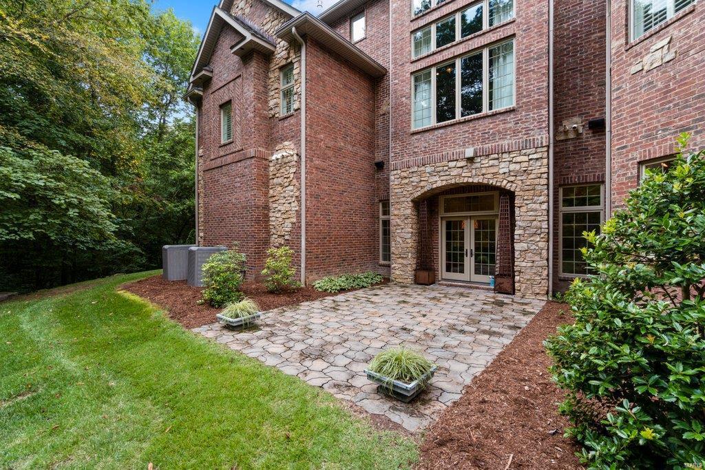 139 Flagstone Property Photo 65