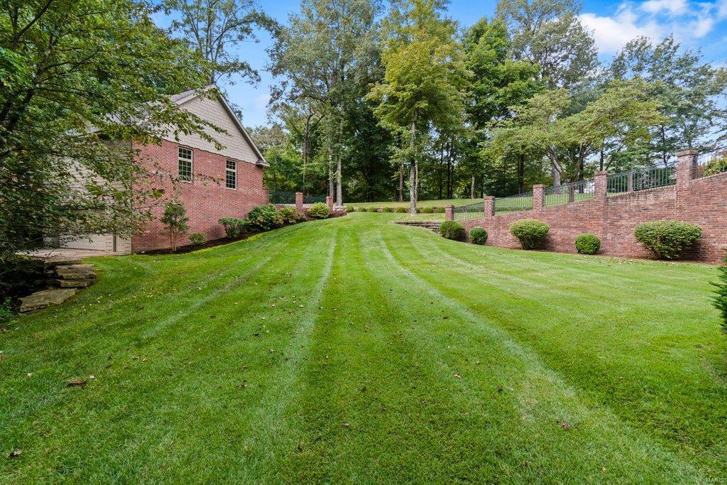 139 Flagstone Property Photo 66
