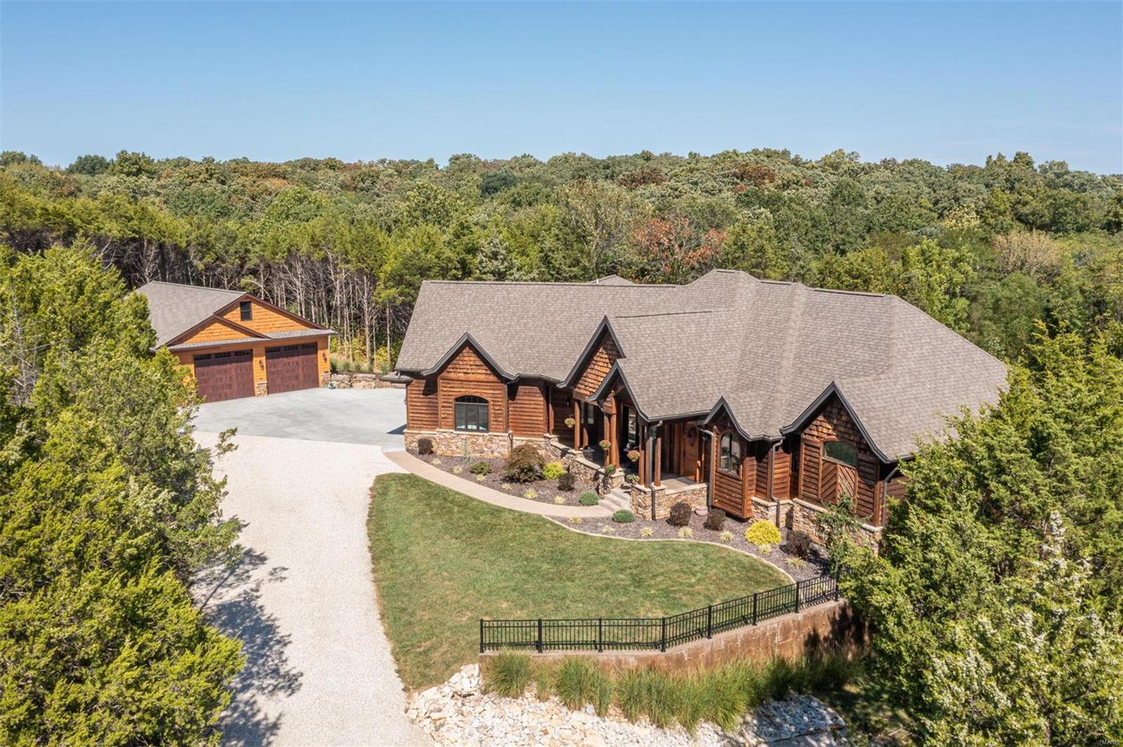 18 Oak Valley Drive Property Photo 1