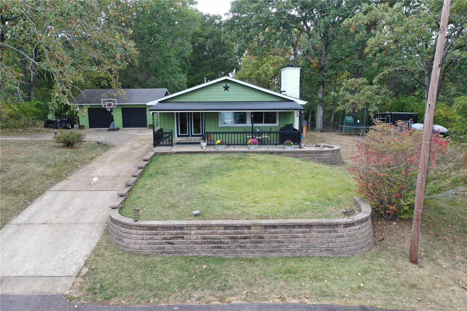 6786 S Lakeshore Drive Property Photo 1