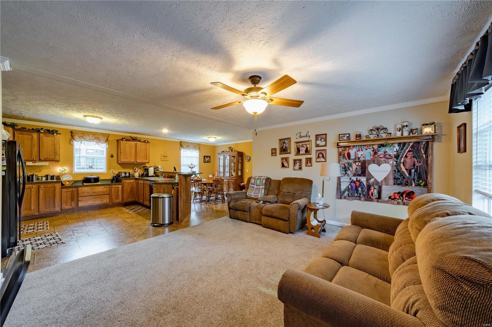 11750 Pinewood Drive Property Photo 5