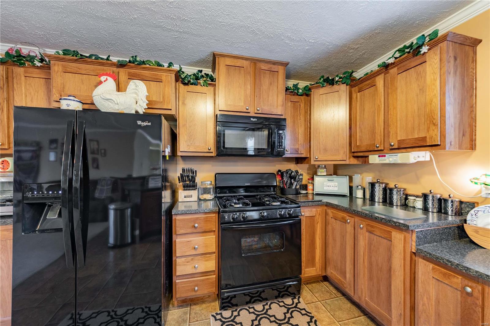 11750 Pinewood Drive Property Photo 6