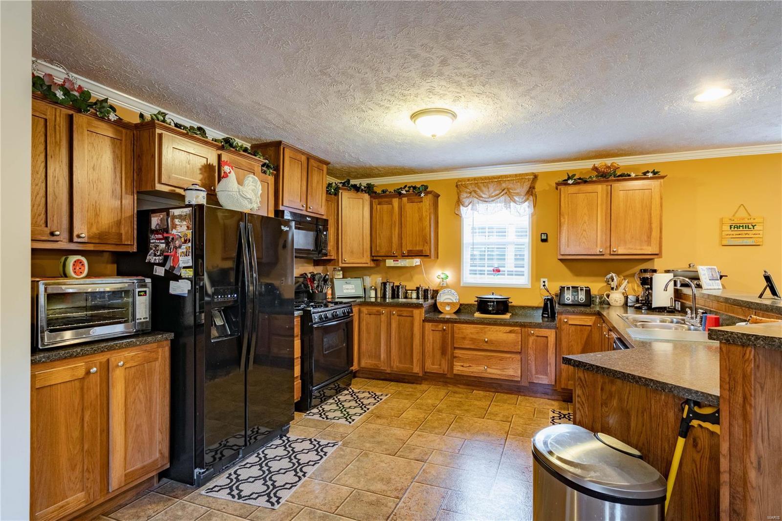 11750 Pinewood Drive Property Photo 8