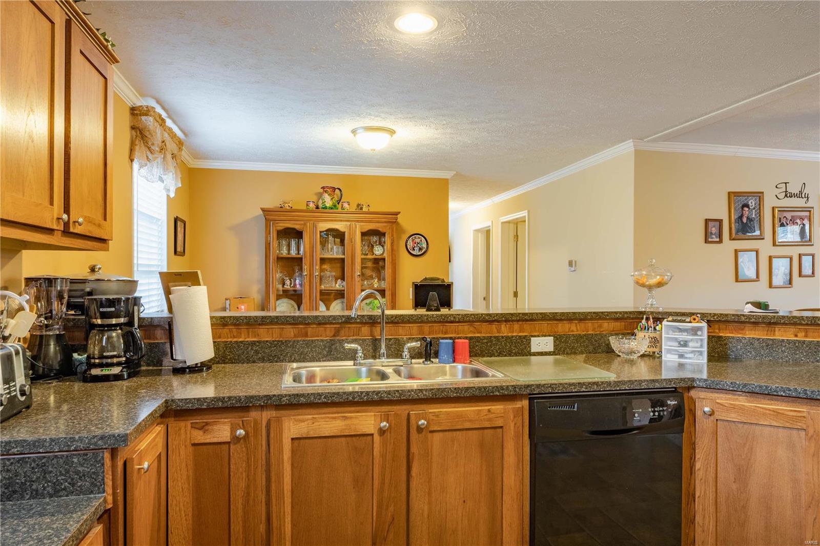 11750 Pinewood Drive Property Photo 9